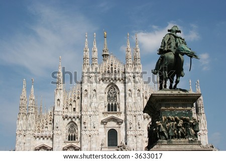 The Milan duomo, with the victory monument in the foreground