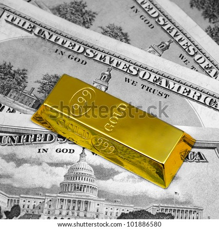 The money american dollars and gold bullion