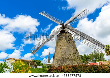 The Morgan Lewis Mill in Barbados - on tropical caribbean island - was the last working mill on the island and was believed to be built in 1727. Travel destination on island. Foto stock ©
