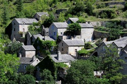 the most beautiful villages of France are in lozère, isolated in the escaped mountains, far from the big cities. They are closer to nature and sometimes exist since the Middle Ages.