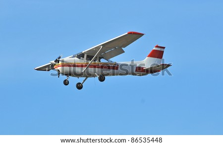 the most popular light aircraft ever built with overhead wing and single propellar