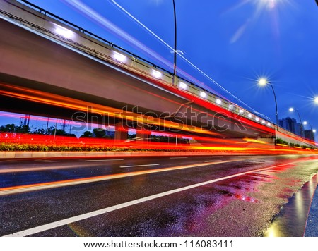 the night of modern bridge, the lights formed a line.