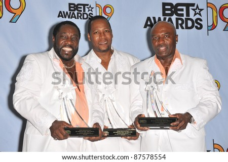 The O-Jays at the 2009 BET Awards (Black Entertainment Television) at the Shrine Auditorium. June 28, 2009  Los Angeles, CA Picture: Paul Smith / Featureflash