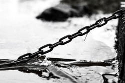 The old chain and the ice