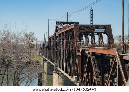 The old I Street Bridge of Sacramento, California #1047632443