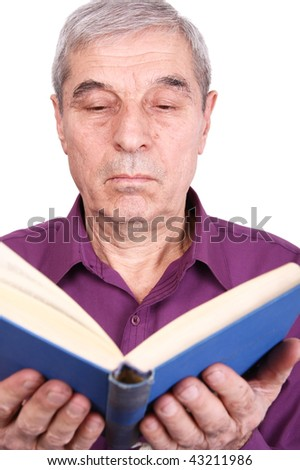 The old professor reading a book