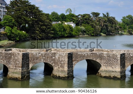 The old Saint-Goustan bridge, or pont neuf, of Auray in the Morbihan department in Brittany in north-western France