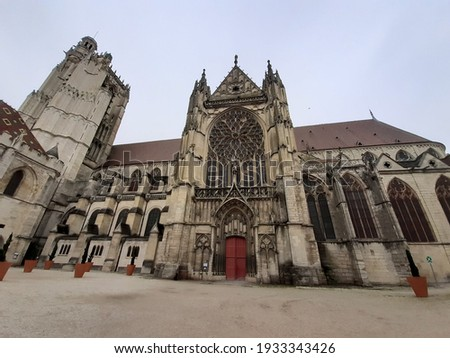 The oldest gothic cathedral in Sens, France Zdjęcia stock ©
