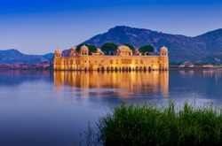 The palace Jal Mahal at night. Jal Mahal (Water Palace) was built during the 18th century in the middle of Man Sager Lake. Jaipur, Rajasthan, India, Asia
