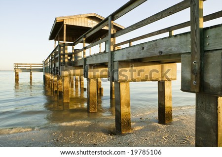 The popular old fishing pier at lighthouse beach on for Sanibel fishing pier