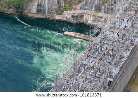 The power station at the Bhumibol Dam in Thailand. The dam is situated on the Ping River and has a capacity of 13,462,000,000 cubic meter.