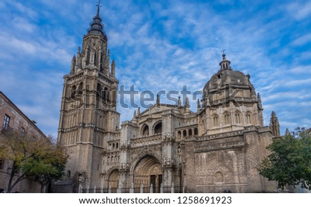 The Primate Cathedral of Saint Mary of Toledo, one of the three 13th-century High Gothic cathedrals in Spain and considered the magnum opus of the Spanish Gothic style. Castile-La Mancha, Spain