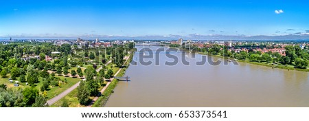 The Rhine between the French city of Strasbourg and the German town of Kehl. Jardin des Deux Rives Photo stock ©