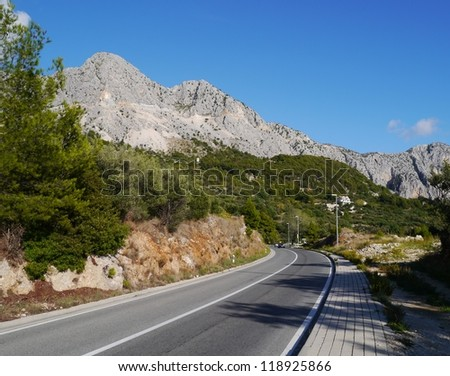 The road along the Makarka Riviera at the Adriatic sea in Croatia