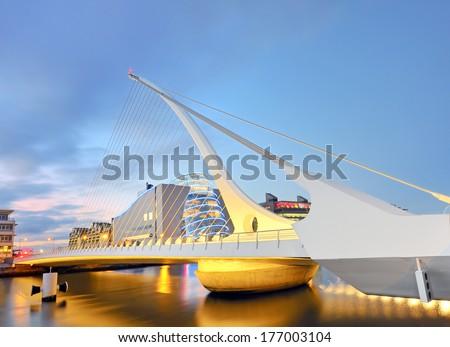 THE SAMUEL BECKETT BRIDGE from dublin