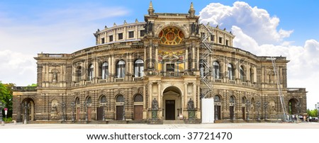 The Semperoper -the Opera House of the Saxon State Opera Dresden, Germany