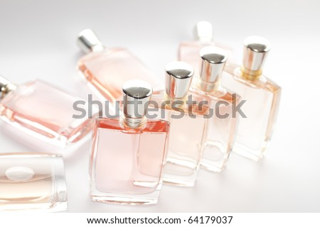 The set of step & repeat of Pink perfume bottle
