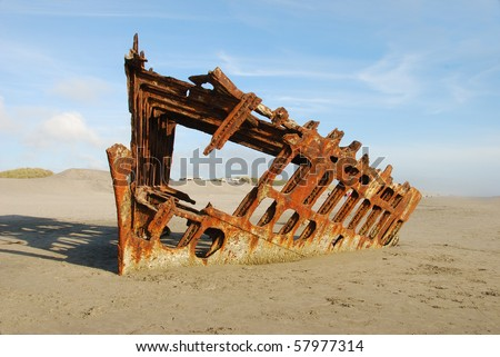 The shipwreck Peter Iredale in Fort Stevens State Park near Astoria and Warrenton Oregon