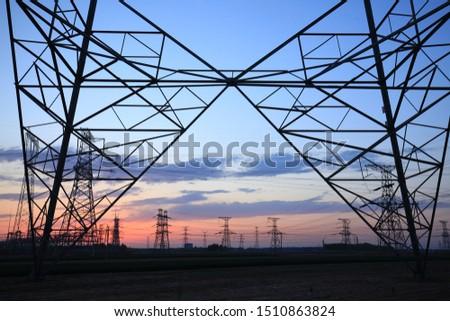 The silhouette of pylon, the pylon in the evening #1510863824