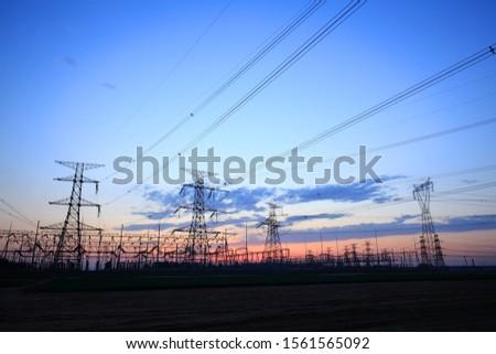 The silhouette of pylon, the pylon in the evening #1561565092
