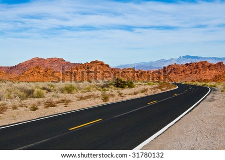 The sinuous road going to Valley Of Fire State Park