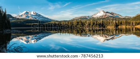 The Sisters and Broken Top Mountains near Bend, Oregon Photo stock ©