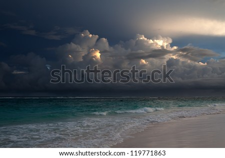 The sky above ocean before storm