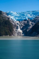 The southern coast of Chile presents a large number of fjords and fjord-like channels from the latitudes of Cape Horn.