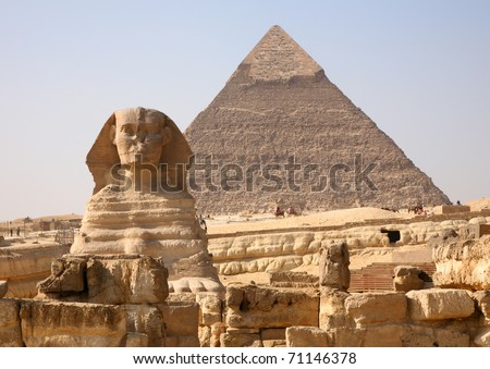 The Sphinx and the great Pyramid at Giza in Egypt. ストックフォト ©