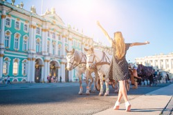 The State Hermitage Museum, one of the largest and historical museums in Russia and the world. Little girl enjoy vacation in Saint Petersburg