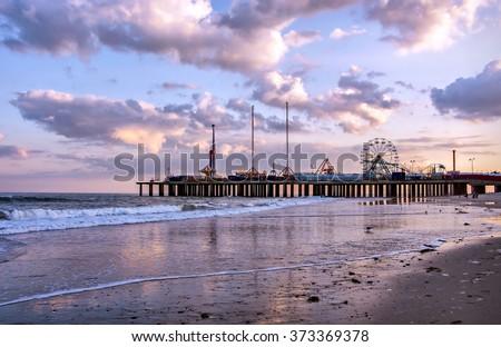 The Steel Pier at Atlantic City, USA #373369378