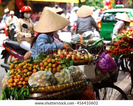 The street vendors in Vietnam