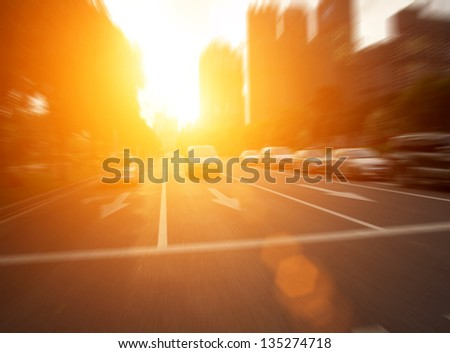 The sunset of the busy roads of major cities