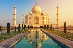 The Taj Mahal is an ivory-white marble mausoleum on the south bank of the Yamuna river in the Indian city of Agra, Uttar Pradesh.