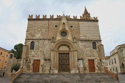 The Teramo Cathedral, Cattedrale di Santa Maria Assunta, Teramo, Abruzzo, Italy.