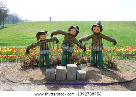the three good-natured Scarecrow brothers