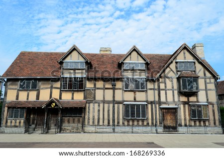 The Timbered House In Stratford Upon Avon Which Is Believed To Be Birthplace