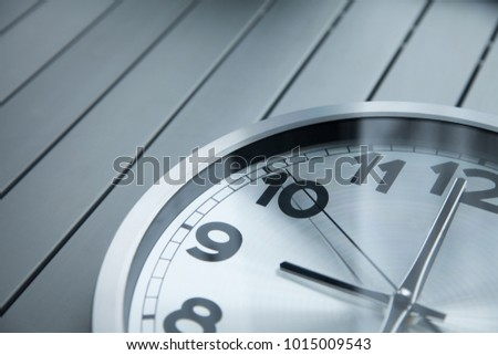 the time on the clock 9:00( 21:00) Start of workday, end of workday, the world market #1015009543
