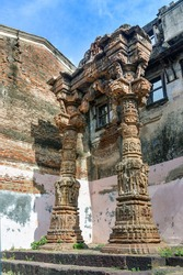 The Torana at Kapadvanj is one among the 13 kirtistambhas in Gujarat; however it is amongst the best preserved, only after the Vadnagar Torana. It has two pillars and a transverse architrave