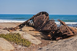 The trawler Aristea was built in 1934 in Scotland, served as a minesweeper in WWII and ran aground on 4th July 1945 near Hondeklip Bay with the loss of one life.