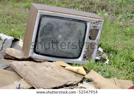 The TV on a dump