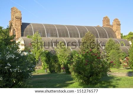 "The ""Umbracle"" is a wood brick construction for tropical plants in the Parc de la Ciutadella, Barcelona."