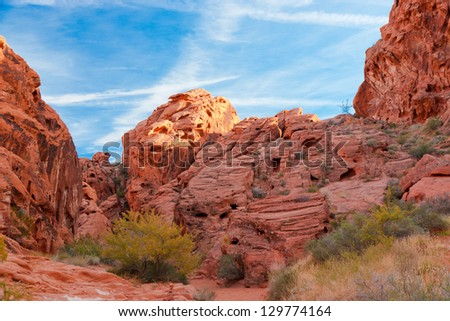 The unique red sandstone rock formations in Valley of Fire State park, Nevada, USA