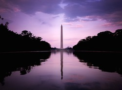 The Washington Monument in DC in front of the magnificent sunset