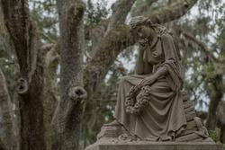 Thinking Woman Statue in Bonaventure