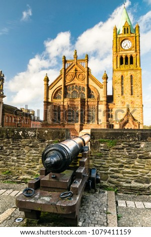 This is a photograph of one of Derry's old cannons on the city walls facing The Guildhall.  This was one of the original cannons used durring the seige in the 1600's.