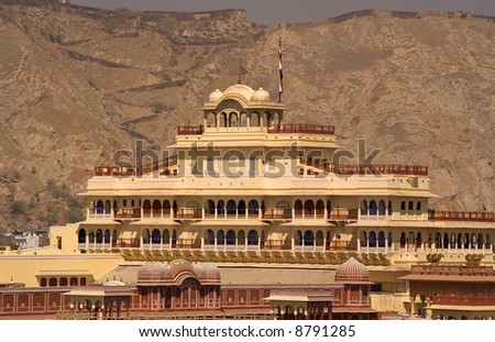 This is the current home of the present maharaja of jaipur india this is a mix of mughal and Home architecture in jaipur