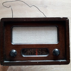 this nostalgic radio made of wood takes you to the past