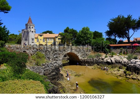 This Palace at Cascais, Portugal with a private beach is an architectural interesting building. Elaborate mixture of mock gothic, classical Portuguese elements and Arabian stone work an arches