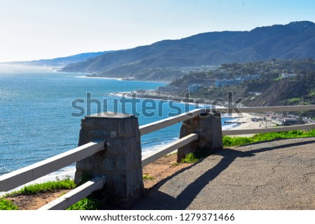 This Palisades park, awesome spot, you can view the whole pacific ocean to Malibu and you can see the Santa Monica pier